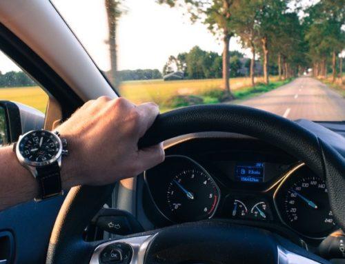 Urteil: Kein Taschenrechner während der Autofahrt